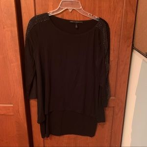 White House black market black tunic top